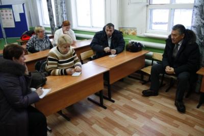 Глава администрации МО ГО «Усинск» Александр Тян побывал в Мутном Материке, Денисовке и Захарвани