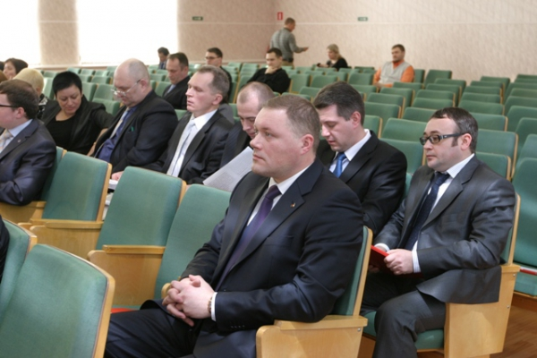 В Усинске состоялась первая сессия Совета муниципального образования 4-го созыва
