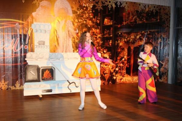 В Усинском Дворце Культуры прошёл Новогодний праздник для одарённых детей города