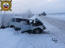 На трассе Усть-Уса – Харьяга ВАЗ столкнулся с КАМАЗом, двое пострадавших