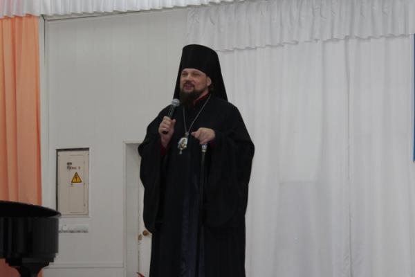 В Усинске прошёл концерт православного искусства «Сретенские встречи»