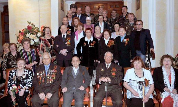 В Усинске ООО «ЛУКОЙЛ-Коми» организовало праздничный вечер для ветеранов