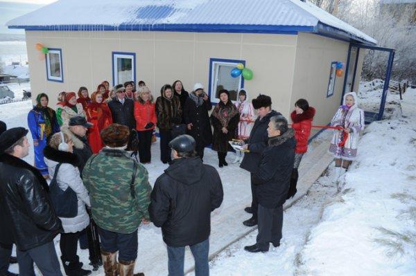 В селе Мутный Материк открыли здание новой библиотеки, а в деревне Захарвань отремонтировали Дом культуры