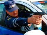 В Усинске полиция остановила уходившего от погони нарушителя выстрелом