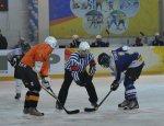 «Физкульт-привет» сборной России от усинских хоккеистов