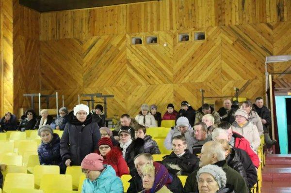 В минувшую субботу И.о. главы МО ГО «Усинск» Игорь Смирнов побывал с рабочей поездкой в селе Щельябож