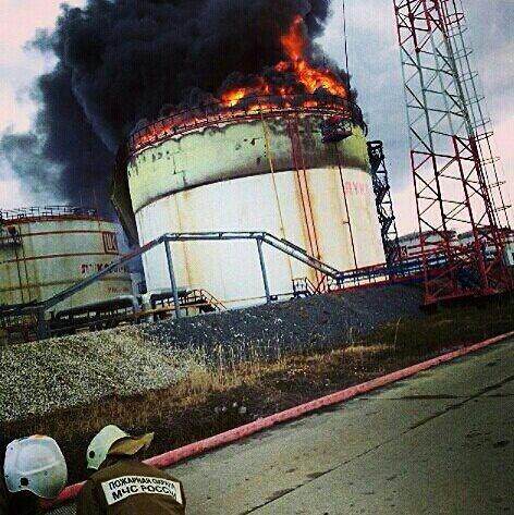 Информация о развитии пожара на Головных сооружениях (фото, видео)