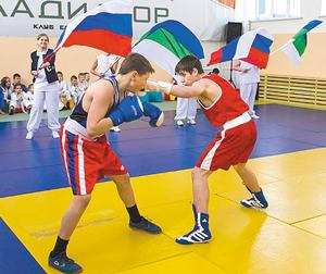 Занятия боксеров из сосногорского клуба единоборств «Гладиатор»